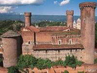 Il Canavese. Castello di Masino e Ivrea